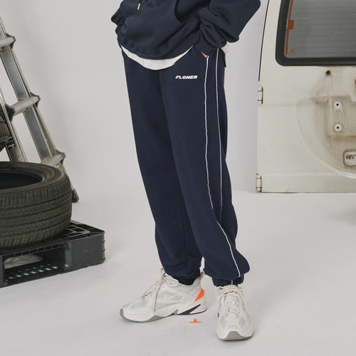 로너 Side line track pants_navy